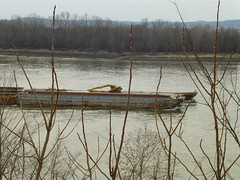 Barge with Cat Excavator_P1470902 (Wampa-One) Tags: cat illinois mississippiriver barge excavator chesteril