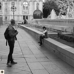 10sp16 (photo & life) Tags: street city blackandwhite paris france square europe noiretblanc streetphotography squareformat fujifilm fujinon ville jfl squarephotography xpro1 humanistphotography fujifilmxpro1 fujinonxf18mmf20r photolife