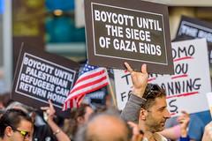 EM-160609-BDS-019 (Minister Erik McGregor) Tags: nyc newyork art photography israel palestine rally protest activism humanrights codepink boycott blacklist freepalestine 2016 firstamendment cuomo bds andrewcuomo executiveorder israeliwarcrimes gazasolidarity governorcuomo erikrivashotmailcom erikmcgregor nyc4gaza 9172258963 nyc2gaza erikmcgregor mccarthyite webdsuntil