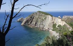 Playa del silencio (MarioZeppelin) Tags: beach playa silencio asturias paisaje tranquilidad agua water naturaleza espaa spain mar sea azul blue