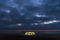 The Nazar Pro 2016 (fs.photovideo) Tags: nazar bodyboard thenazarpro praiadonorte nortebeach northbeach beach cloudy clouds sky sunset twilight sea ocean light tent