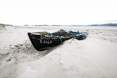 Glassilaun Boat (John Holmes (DAJH51)) Tags: connemara galway glassilaun abandoned beach boats crabpots ireland lobsterpots oars ropes sand