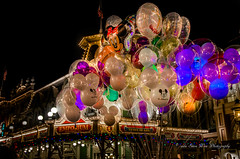 Magic Kingdom (wdwSteve) Tags: balloons nikon magic sigma kingdom disneyworld 1750mm d7000 disneyworld2013