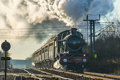 GWR 4900 Class 4965 Rood Ashton Hall Passes over the Diamond Crossing at Newark on 06-12-2014 with a Tyseley to Lincoln Xmas market special (kevaruka) Tags: uk greatbritain autumn england sun sunshine train canon flickr december dof unitedkingdom sunny trains 5d newark 4900 frontpage depth britishrail nottinghamshire eastcoast sunnyday gwr 2014 eastcoastmainline ecml 4965 canon100400l networkrail ef100400 newarknorthgate canon5dmk3 5dmk3 5d3 5diii canoneos5dmk3 newarkdiamondcrossing newarkhatchetslanecrossing ilobsterit