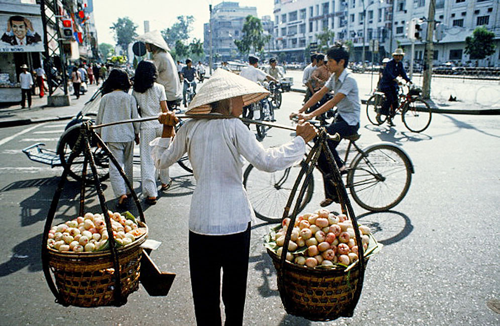 Saigon Street scenes in May 1975