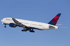 MSP N863DA (Skeeter Photo) Tags: msp boeing 777 nrt deltaairlines 777200 kmsp b772 minneapolisstpaulinternationalairport rjaa 777232er n863da dal584
