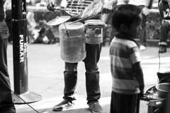 Musicos Callejeros en Coyoacan (Pepe Luis Jurdz) Tags: city musician white black blanco mexico drums y negro bateria coyoacan select batera
