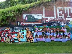 BMD & h20e... (colourourcity) Tags: streetart fly melbourne graffitti flies bmd graffitimelbourne h20e bmdisyourfriend colourourcity dizzyhizzy dizzyhizzy1