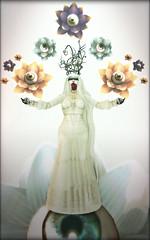 """Call her moonchild..."" (Ivy/Aly/Pance (Aldheide Dragovar in SL)) Tags: sl secondlife nomine slav slphotography secondlifeavatar slavatar secondlifephotography fashionablydead munchflowerzaius moonhair ruinakessel devae horrorfestive"