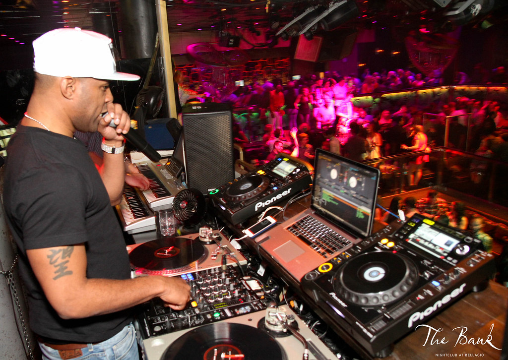 dj whoo kid dj set events the bank nightclub share your night thebanklv. Black Bedroom Furniture Sets. Home Design Ideas