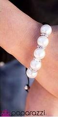 5th Avenue White Bracelet K1 P9409-2