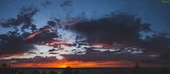 Alborotado amanecer. (Pablin79) Tags: morning sky moon water sunshine clouds digital sunrise canon river eos early reflex outdoor silhouettes 5d parana posadas markii canoneos5dmarkii 5dmkii pabloreinschphotography