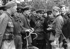 Soviet And Nazi Soldiers Talking After The Successful Invasion Of Poland, September 1939. [1024718] #HistoryPorn #history #retro http://ift.tt/1OZgTY7 (Histolines) Tags: history nazi poland retro september soviet timeline and soldiers after talking invasion 1939 the successful vinatage of historyporn histolines 1024718 httpifttt1ozgty7