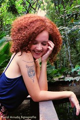 IMG_8171 (Karol Arruda Fotografia) Tags: red flores green nature smile tattoo hair ensaio photo natureza mulher flor felicidade curly there hippie beleza sorriso arvore menina ruiva vibration tatuagem tattos ruivos cachos ruivas sardas florwer goodvibe lottus