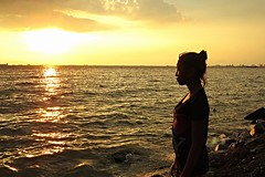 what makes the sunset (happy father's day) (DOLCEVITALUX) Tags: sunset sea portrait water silhouette bay outdoor philippines manilabay