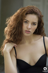 Mirada (Julio Jaime Snchez Verd) Tags: portrait beautiful beauty look eyes nikon retrato sensual ojos pelirroja belleza