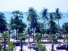 Pattaya Beach Road (Steve Cut) Tags: thailand pattaya centralfestival beachroad