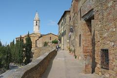 DSC_3359 (mikeccross) Tags: italy europe good tuscany pienza nikonv1