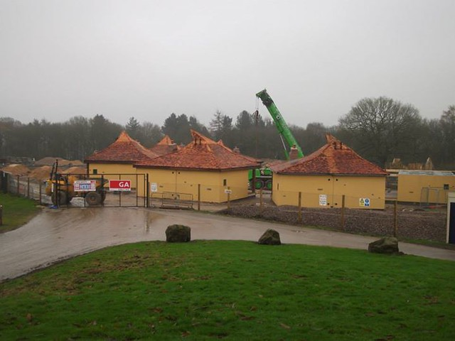 29/11/14 - The first set of lodges are now in place on site.