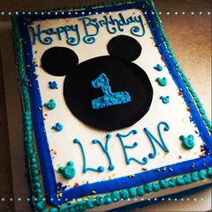 Mickey Mouse cake, Pittsburgh, PA, www.birthdaycakes4free.com