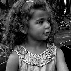 FIESTA 10 ans Maison des Cultures  20160528.0112 (Lieven SOETE) Tags: brussels people art girl kid chica child belgium bambini kunst kultur young culture bruxelles social menschen nia kind human be enfant fille mdchen meisje volk ragazza cultuur peuple mensen jonge jeune 2016 bxl humain sociale juge molenbeeksaintjean sintjansmolenbeek brxl