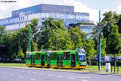 Moderus Alfa #84+83 (ukasz Janowicz) Tags: 8483 moderusalfa tram tramwaj linia1 linka1 linie1 grunwaldzka