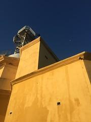 Leuchtturm (Blende2,8) Tags: himmel mauer leuchtturm