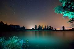NOCHE EN EL LAGO (6toros6) Tags: alfredo aficionados azul agua arga sombras d7100 flickr12days noche nikon trankilidad luz lago navarra naturaleza nocturna peralta paisaje estrellas rio reflejos