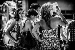 Perdida en la ciudad (pepoexpress - A few million thanks!) Tags: madrid street people urban portraits nikon smiles streetphotography social urbanas streetshot puertadelsol d600 urbanshot madridpeople nikond600 madridplazadeespaaproject pepoexpress nikond60080400mmafs madridfunstreet madridsmiles