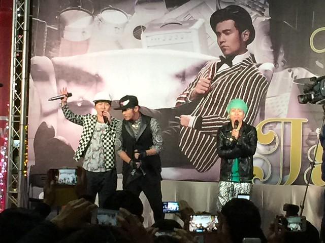 2015/01/03 Jay Chou 西門町簽唱會