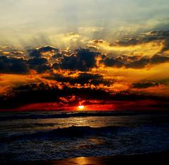 4929267533_f2c62457e7_b (benge167) Tags: sea sunrise photography waves gops gopsorg gopangnair
