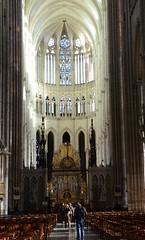 cathédrale d'Amiens (Fransois) Tags: cathédrale amiens choeur choir art gothique gothic france cathedral nef nave dom