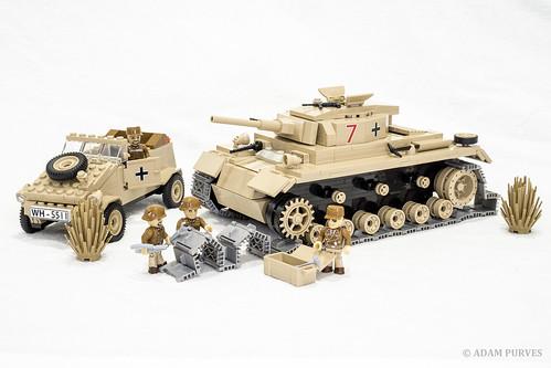 scale soldier model track tank lego military tiger iii bricks wwii german ww2 vehicle afrika worldwar diorama worldwar2 cobi panzer kubelwagon korp