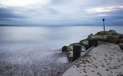 Avon Beach December 24 - 00 (nicklucas2) Tags: sea sunrise isleofwight neutraldensity avonbeach christchurchdorset