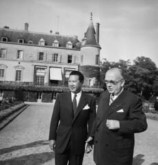 4618-3.jpg (manhhai) Tags: man france castle french chair vietnamese republic state vietnam emperor
