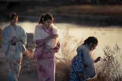 (Tim Cleminson) Tags: new girls sunset japan canon river walking year l kimono f2 135mm 6d