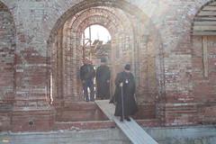 150. Еп. Арсений на строительстве храма в с.Долина 2007 г