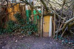 Cerrado (SantiMB.Photos) Tags: door espaa geotagged puerta esp lumber maderos sabadell cataluna torrentdecolobrers 2ig 2tumblr colobrers sal18250 badiadelvalles 2blogger geo:lat=4157756882 geo:lon=209544345