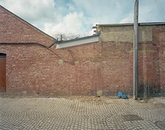 Abington (Andy Feltham...) Tags: film wall mediumformat northampton kodak northamptonshire 6x7 abington portra400 mamiya7 serviceroad 43mmf45l