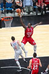 IMG_6133 (seba82) Tags: canon basket pallacanestro olimpiamilano grissinbon pallacanestroreggiana eos5dmkii seba82 sebastanosalati sebastianosalatigmailcom wwwsebastianosalatiit emporioarmanai
