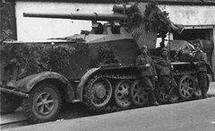 "8,8cm Pak 68 monted on halftrack chassis • <a style=""font-size:0.8em;"" href=""http://www.flickr.com/photos/81723459@N04/27553265400/"" target=""_blank"">View on Flickr</a>"