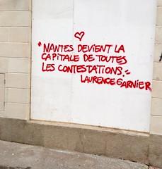 IMG_20160409_153404 (Cocomilie) Tags: wall graffiti tags anarchism slogan nantes manifestation punchline loitravail