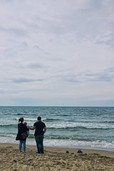 Ameramour (Bp Scancar) Tags: ocean blue sea sky mer france girl rain saint photo pretty afternoon britain weekend pluie bretagne tags breizh ciel nuage extrieur fille saintmalo malo iphone atlantique tgas iphone6