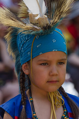 Pow Wow Wendake (jora63) Tags: costume enfant indien couleur powwow tribu wendake huronwendat