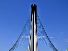 A ponte dos tirantes (3) (juantiagues) Tags: azul puente cielo pontevedra tirantes juanmejuto juantiagues