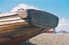 Golden Spray - Walmer, Kent (jcbkk1956) Tags: 45mmf35 boat hull stern walmer deal kent beach film 35mm agfa200 zeiss ikon contina zonefocus analog wooden golden