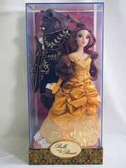 Beauty and the Beast Designer Doll Set (sh0pi) Tags: beauty beast designer doll set disney disneystore 2013 le limited edition puppe 6000 golden gown kleid gold october oktober belle 115 inch dfdc collection