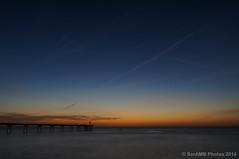 En ausencia de nubes (SantiMB.Photos) Tags: longexposure bridge espaa beach sunrise puente twilight playa amanecer kdd kedada catalua crepsculo badalona 2tumblr sal18250 sonystas 2blogger