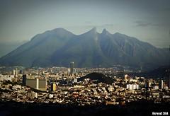 Monterrey 6 (vicraya2 2015) Tags: skyline méxico ciudad león monterrey nuevo montañas