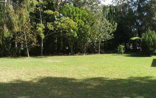 21 Oak Avenue, Lake Tabourie NSW